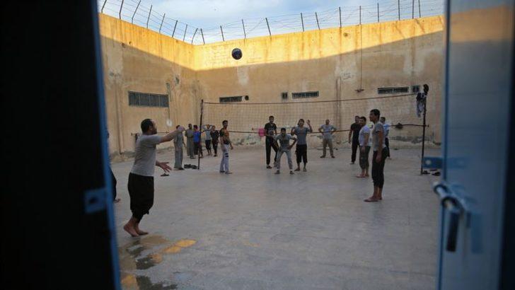 Suriye'deki IŞİD Gözaltı Merkezleri ve Kampları