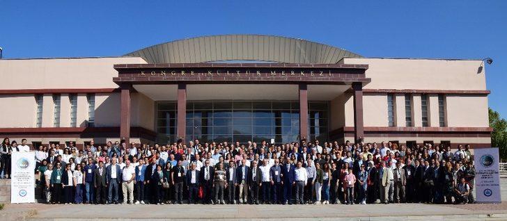 ESOGÜ'de düzenlenen Uluslararası Coğrafya Eğitimi Kongresi'ne büyük katılım