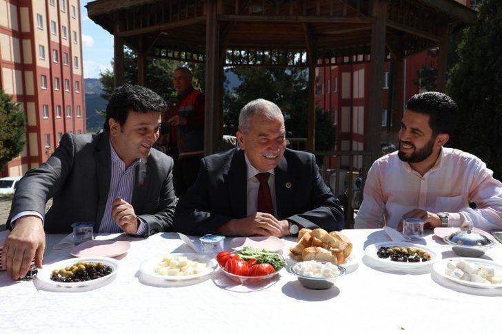 """Başkan Demirtaş: """"Amacımız ilçemizi daha modern ve yaşanabilir bir konuma getirmek"""""""