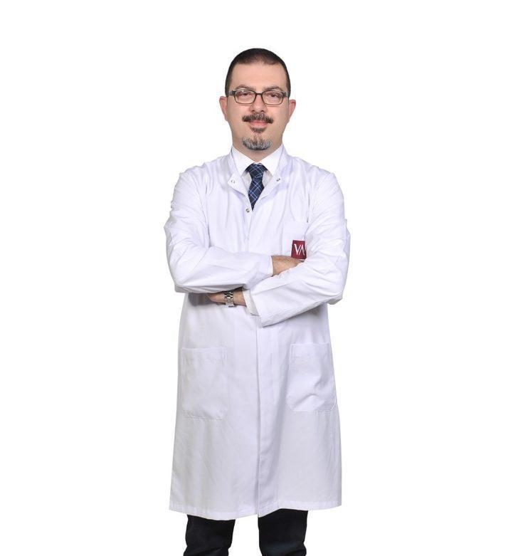"""Doç. Dr. Nayır: """"20 yaşından sonra her kadın kendini muayene etmeli"""""""