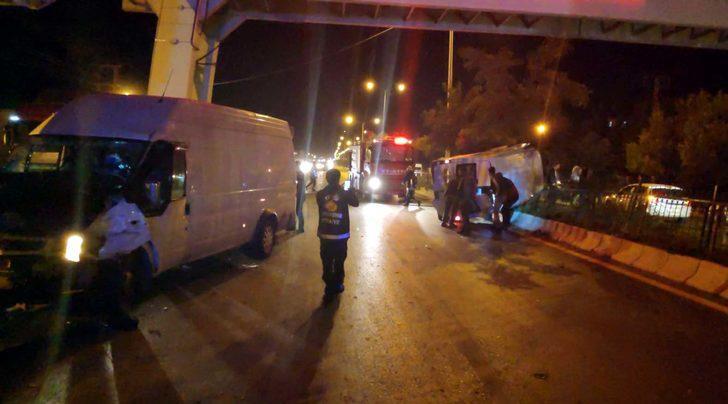 Düğün konvoyundaki iki panelvan minibüs çarpıştı: 20 yaralı