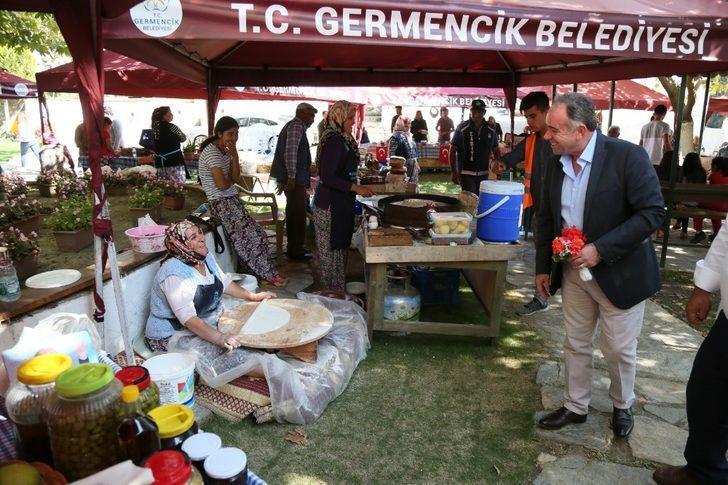 Selatin Organik Köy Pazarı her geçen gün daha da büyüyor