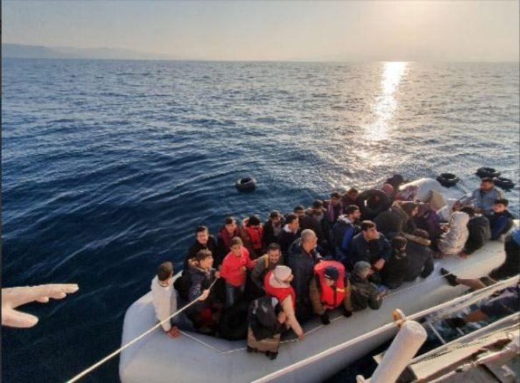 Kuşadası açıklarında 93 kaçak göçmen yakalandı