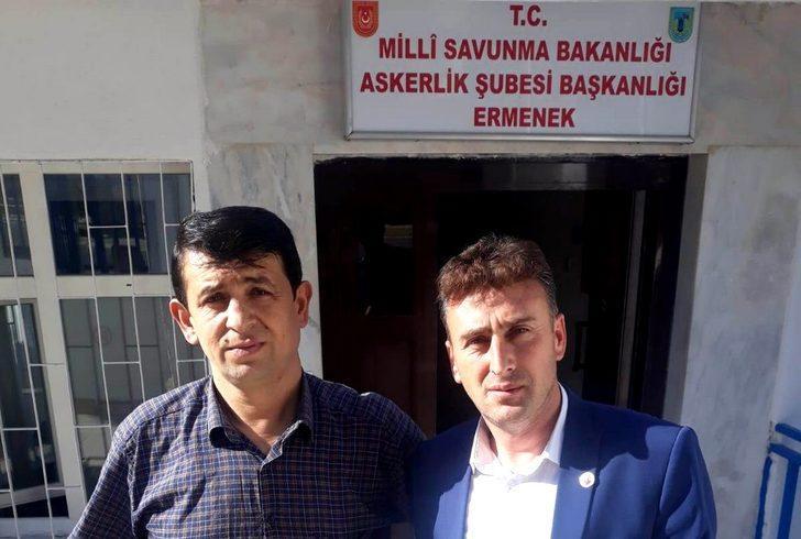 2 muhtar 'Barış Pınarı Harekatı'na destek için askerlik başvurusu yaptı
