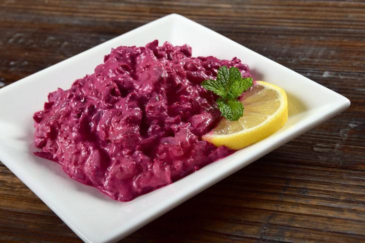 Pancar turşulu yoğurtlu salata tarifi