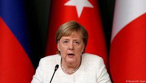 """Merkel'den Türkiye'ye """"harekâta son verin"""" çağrısı"""