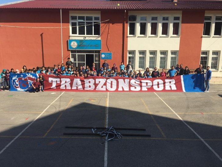 Trabzonspor taraftarından anlamlı destek