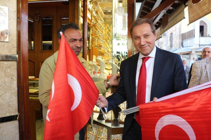 Konya'da Barış Pınarı Harekatı'na Türk bayraklı destek