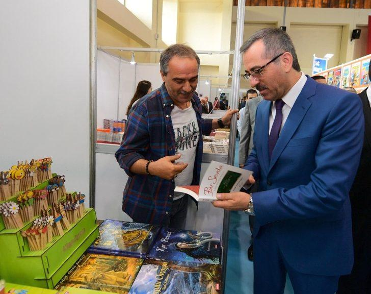 Kahramanmaraş 6. Kitap ve Kültür Fuarı açıldı