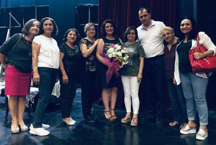 Alzheimer hastaları için tiyatro oyunu sahnelediler