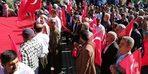 Şemdinli'de Mehmetçiğe destek yürüyüşü