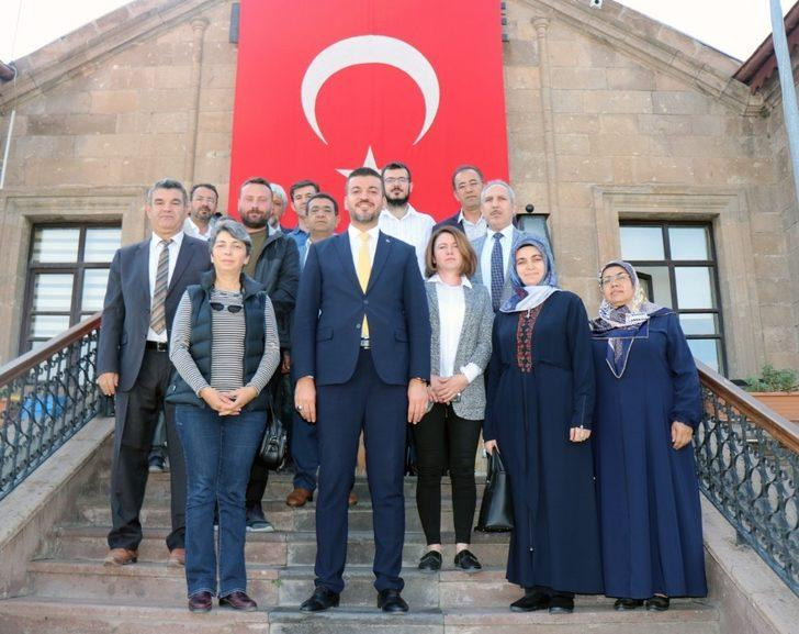Ürgüp Belediye Meclisi 'Barış Pınarı Harekatı'na destek için olağanüstü toplandı