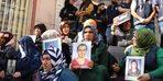HDP önündeki aileler, Türkiye'nin Barış Pınarı Harekatındaki başarısını değerlendirdi