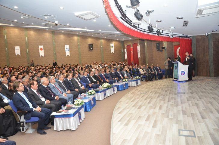 KAEÜ'si, ÜNİKOP 2020 dönem başkanlığını aldı