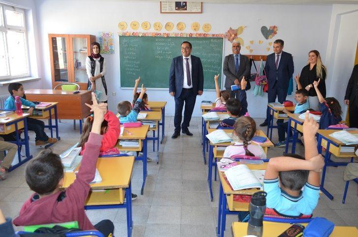 """Tunceli'de """"Sözden Kalbe Eğitim Buluşmaları"""" projesi"""