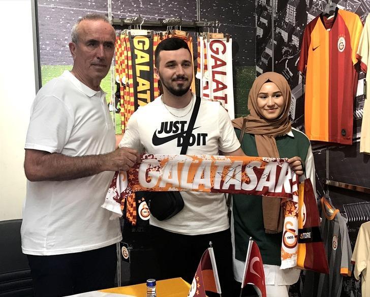 Zoran Simovic, Galatasaraylı taraftarlarla buluştu