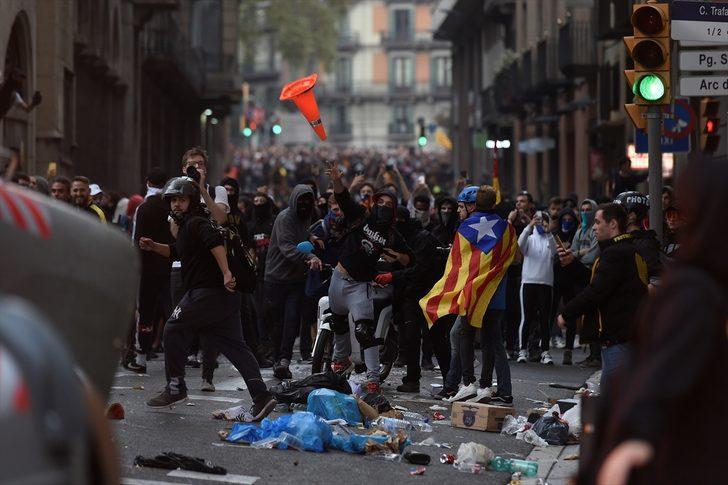 Son dakika: Türkiye'den Katalonya'ya seyahat uyarısı