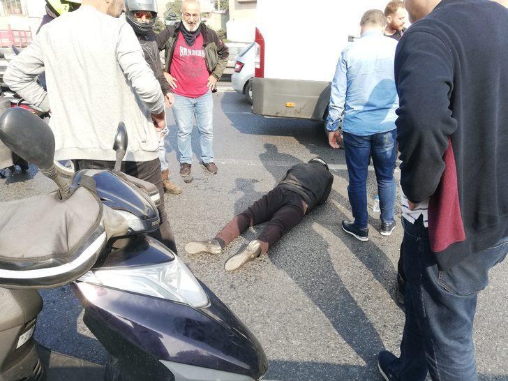 Küçükçekmece'de motosiklet kazası