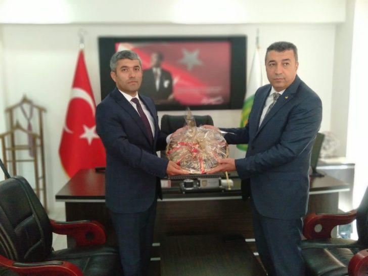 MTB  Başkanı Özcan, Minibüsçüler Odasını ziyaret etti