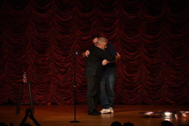 Uğur Yücel ve oğlu aynı sahnede buluştu!