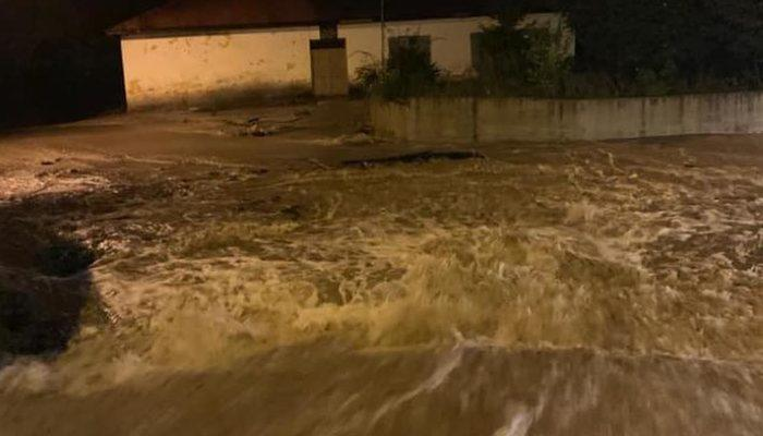 Giresun'da sağanak yağış sel ve heyelana yol açtı: Acı haber geldi