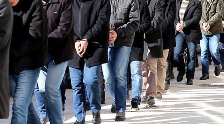 FETÖ'nün TSK yapılanmasına yönelik İzmir merkezli operasyonda 62 tutuklama
