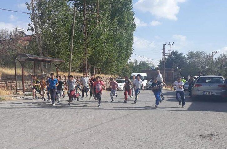 Ahlat'ta atletizm yarışması