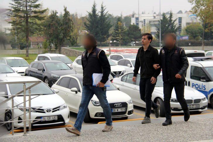 Ankara'da yakalanan FETÖ şüphelisi, Bolu'ya getirildi (2)