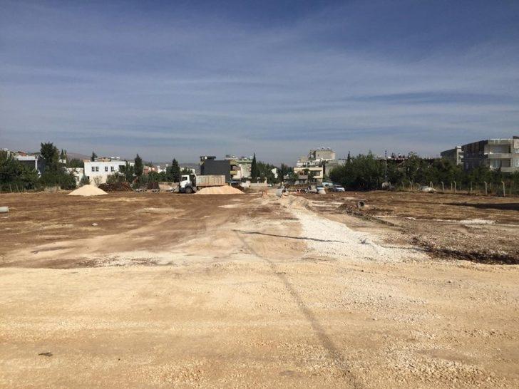 Bahçecik Mahallesi'nde asfalt öncesi hazırlık çalışması