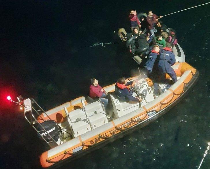 Kuşadası'nda 83 düzensiz göçmen yakalandı