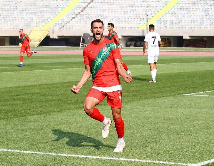 """Karşıyakalı futbolcu Hakan Kuş: """"Gol atma potansiyeline sahip bir takımız, teslim olmuyoruz"""""""