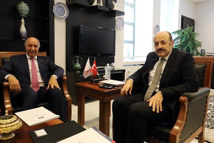 YÖK Başkanı Saraç, Irak'ın Ankara Büyükelçisi ile görüştü