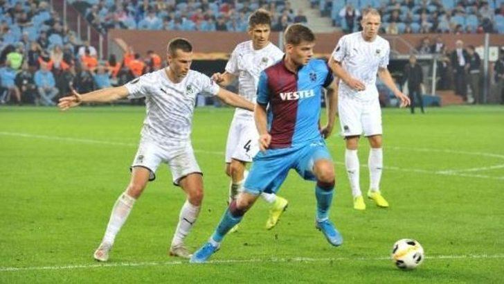 UEFA Avrupa Ligi: Beşiktaş'tan sonra Trabzonspor da gruptan çıkma şansını zora soktu