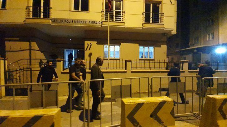Gemlik Belediyesi İmar Bölümü'ne gelen madde bağımlısı, cam kapıyı kırdı (2)