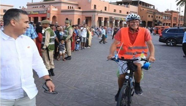 73 yaşındaki Ukraynalı, bisikletle torunlarını görmeye Afrika'ya gitti