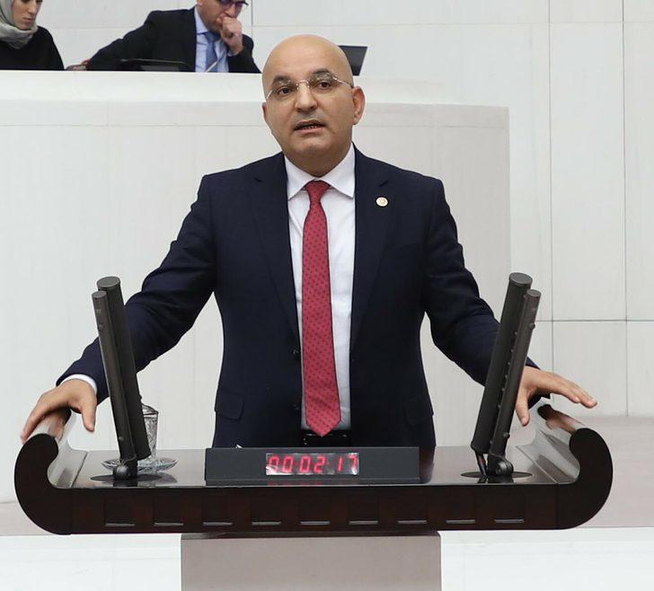 CHP İzmir Milletvekili Polat, kazada yaralandı (1)