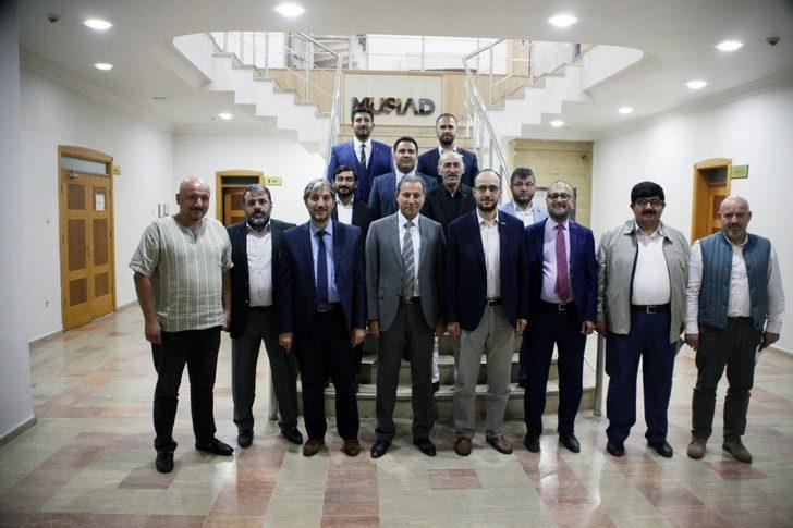 Konya STK başkanları, mesleki eğitimin sorunları için bir araya geldi