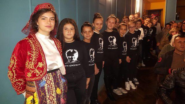 Kosovalı Türklerden ABD'ye kınama