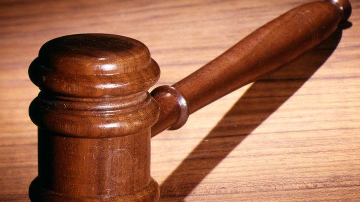 Emekli aylığını almak için ölen annesinin cesedini 2,5 yıl sakladı, 10 ay hapis cezasına çarptırıldı