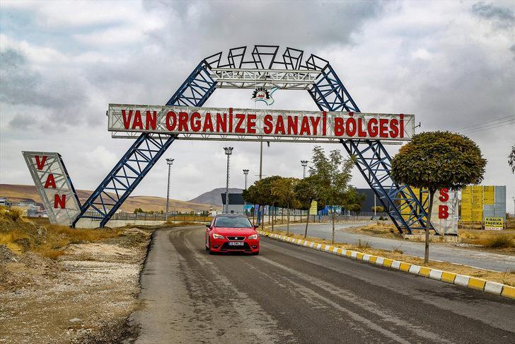 İran'ın otomotiv devi Türkiye'de fabrika kuracak