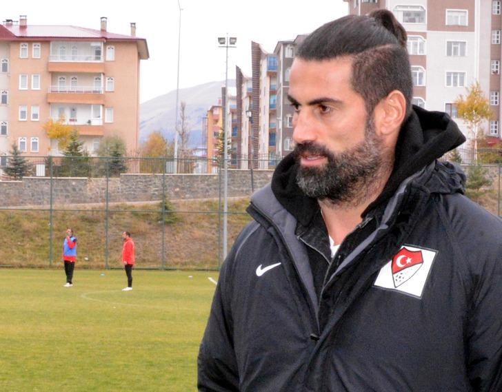 Volkan Demirel: Fenerbahçe'nin kalesini erken bıraktığım için burukluk yaşamıyorum