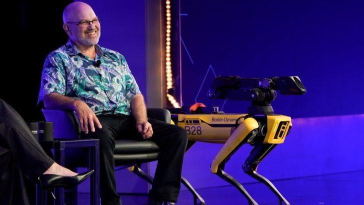 Robot üreticisi Boston Dynamics CEO'su Raibert: Dengesini nasıl bulduğunu görmek için bir yaşımdaki kızımı ittim