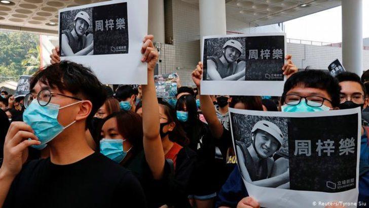 Hong Kong'daki protestolarda ilk ölüm haberi