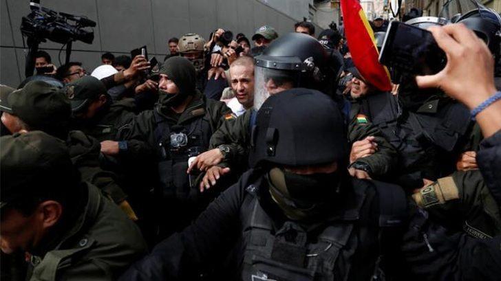 Bolivya'da flaş gelişme! Genelkurmay Başkanı istedi, Morales istifa etti