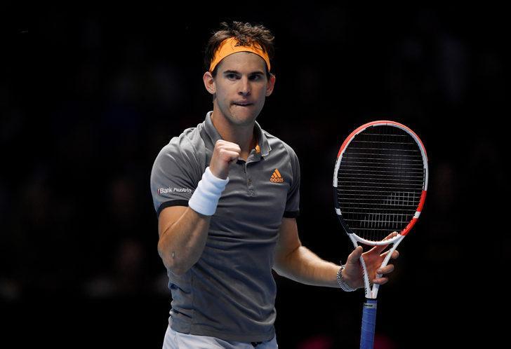 Dominic Thiem 2 - 0 Roger Federer