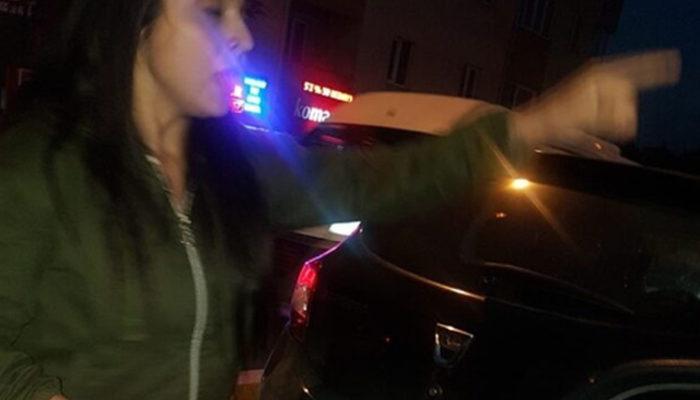 Çekmeköy'de iki kadın sürücü birbirine girdi! Saç saça baş başa kavga!
