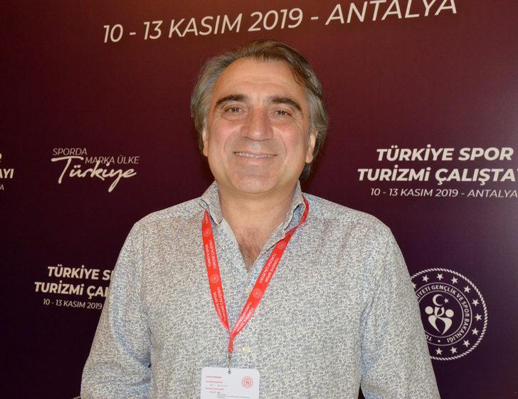 Antalya'da, futbol turizmindeki kamp turizmi hedefi 2 bin 2300 takım