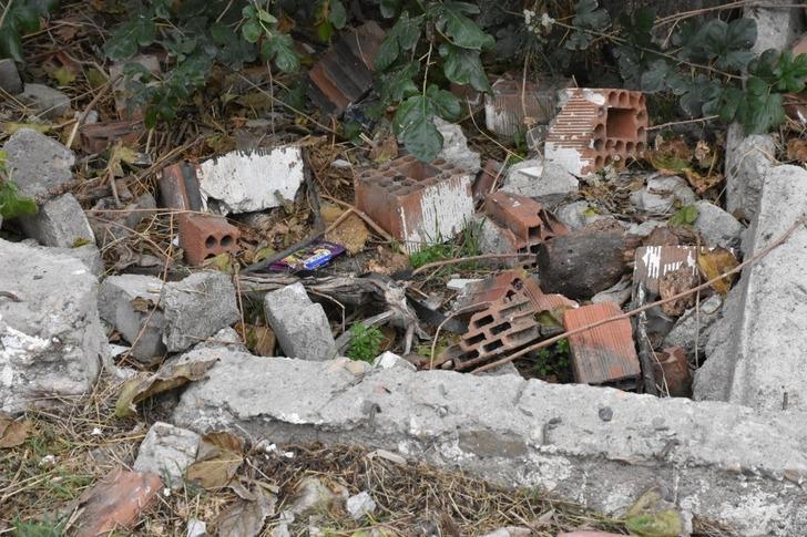 Kan donduran olay! Poşet içinde boş arsaya bırakılmış bebek cesedi bulundu