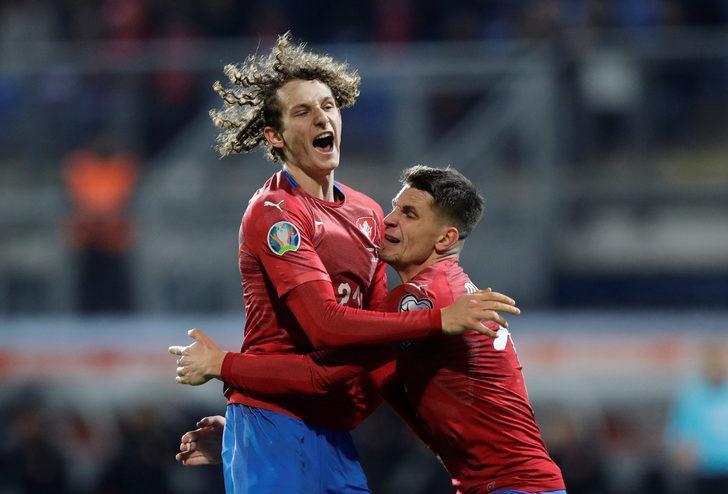 Çekya 2 - 1 Kosova