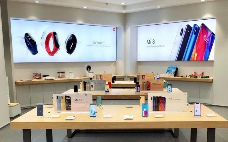 Xiaomi'nin Ankara'daki mağazası daha açılmadan kapandı! İzdiham yaşandı…